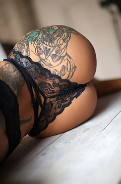 Gorgeous Tattooed Glamour Babe Lika