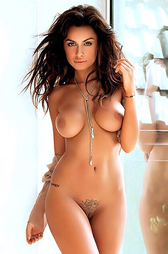 Gorgeous Brunette Babe
