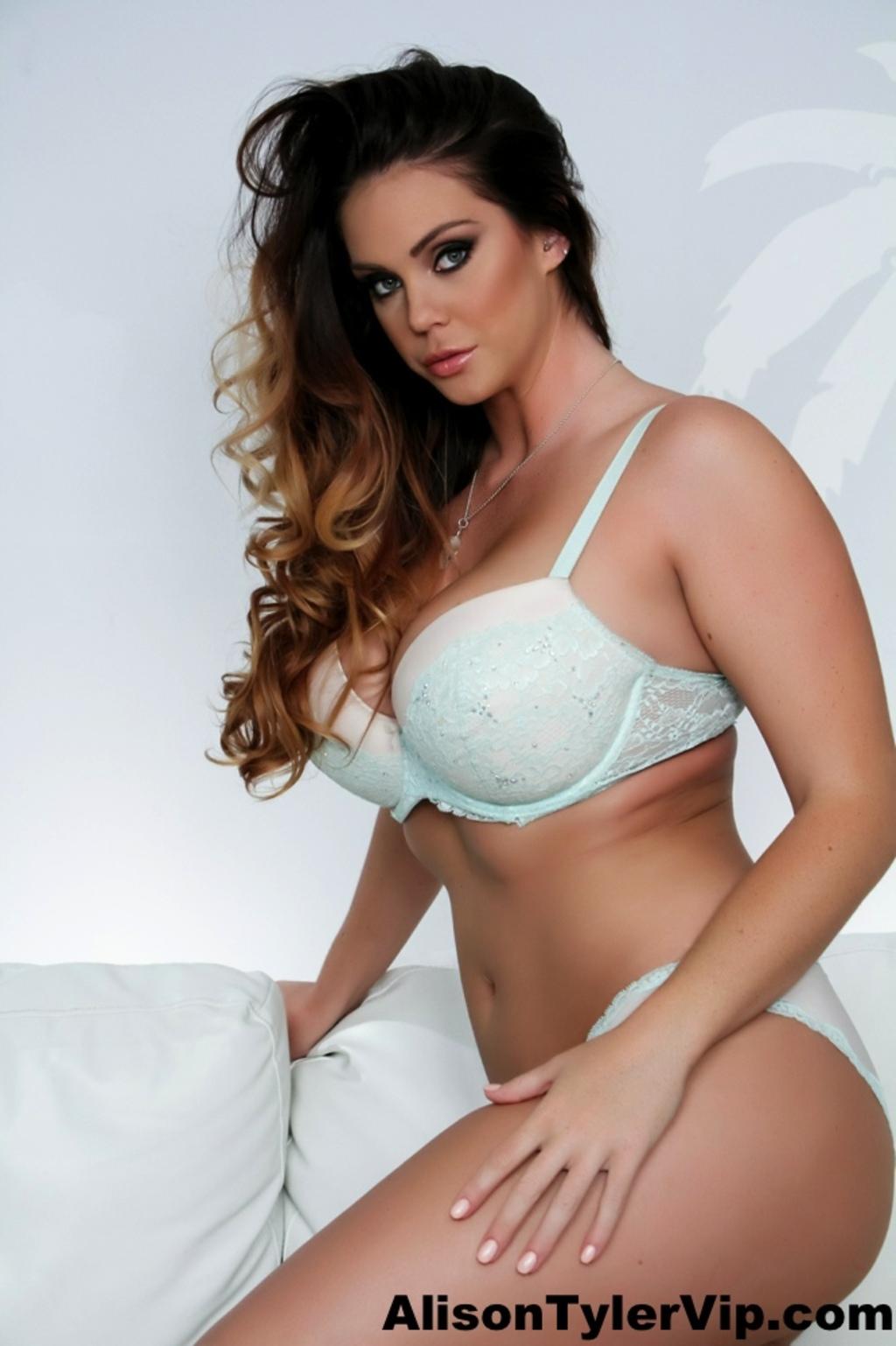 Alison Tyler Nude Pics busty alison tyler posing in lingerie - alison tyler sexy