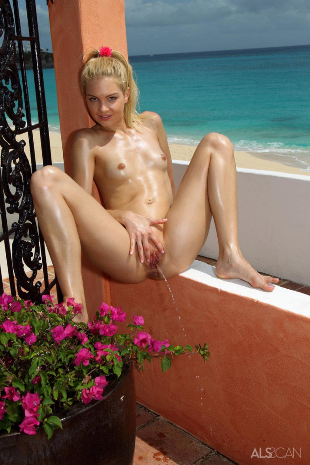 Franziska facella nude