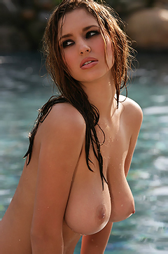 Pool Babe Shay Laren